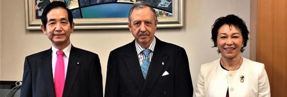 EMBAJADOR ARGENTINO EN JAPON JUNTO A MIEMBROS DE LA LIGA PARLAMENTARIA DE AMISTAD ARGENTINA – JAPON